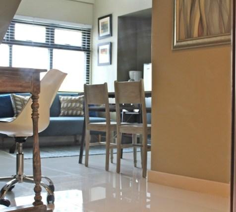 airbnb in Makati auf den Philippinen, Blick ins Wohnzimmer