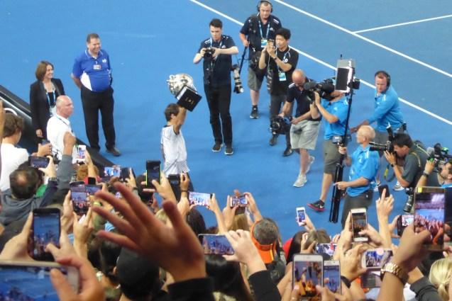 AUSopen-Federer-Pokal-Einlauf