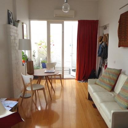 AUS-Melbourne-Dukestreet-Sofa