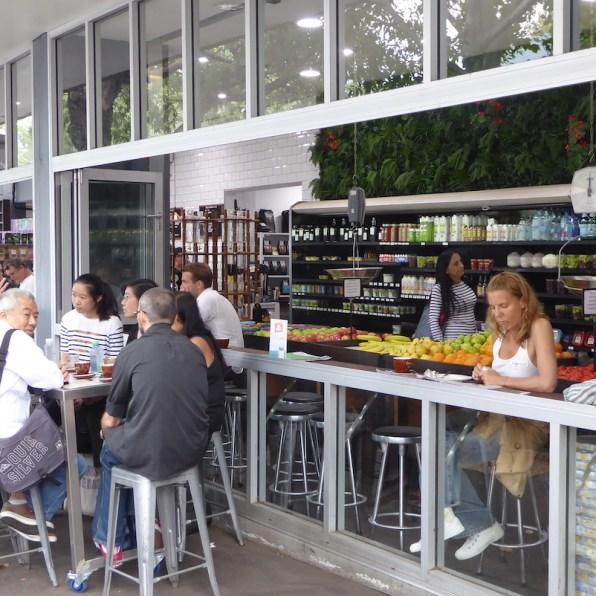 Australien-Sydney-Brickfield-Hill-Cafe-Strasse
