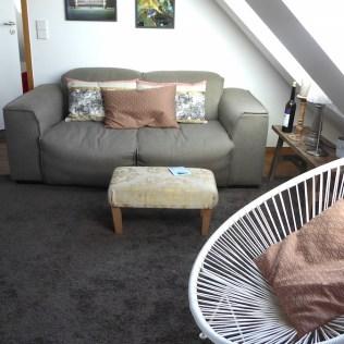 Konstanz-Koenigsschlaf-Wohnung7-Sofa