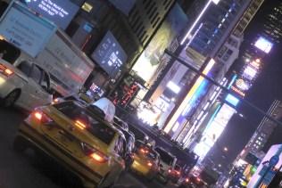USA-NewYork-Taxisbynight