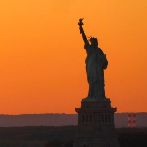 Weltreise-QueenMary2-Freiheitsstatue