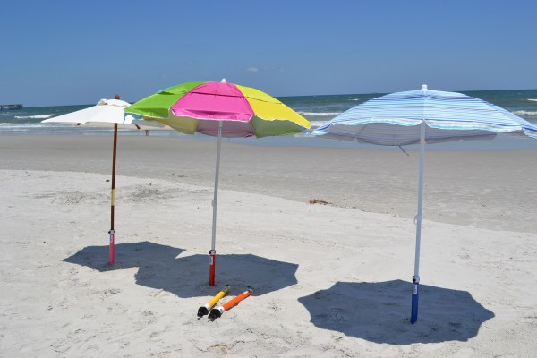 Augbrella Beach Umbrella Sand Anchor Aughog Products Ahp Outdoors In And