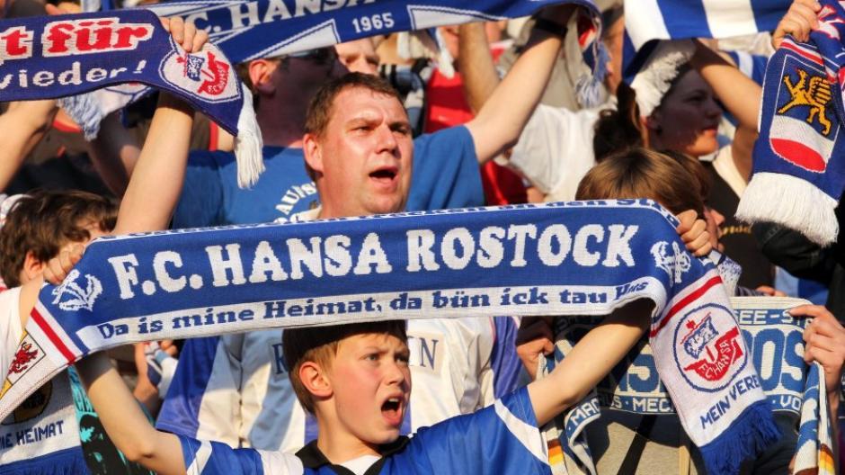 Hansa Rostock Aufstieg 2. Liga . Hansa Zuruck In Der 2 Liga Sportlich Stark Finanziell Erholt Augsburger Allgemeine