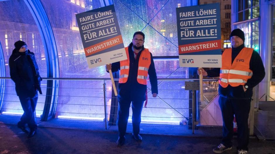 Streik Deutsche Bahn Aktuell / Gdl Vorerst Doch Keine ...