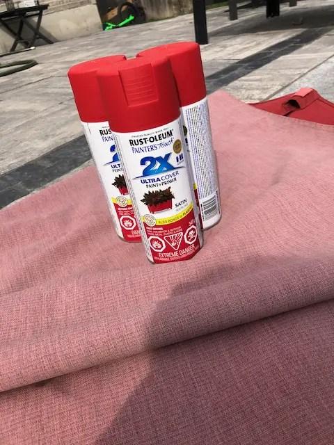 spray paint for outdoor fabrics