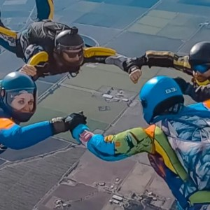 Skydiving with AAD on and be safe