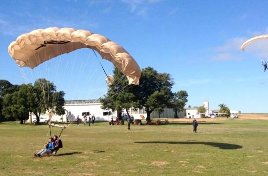 canopy pilot landing
