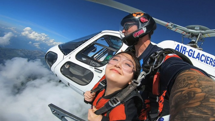 Helicopter skydive tandem jump