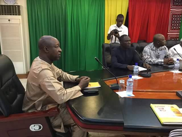 Réforme du système de rémunération des agents de la fonction publique:  Le PM dévoile le processus à l'UAS