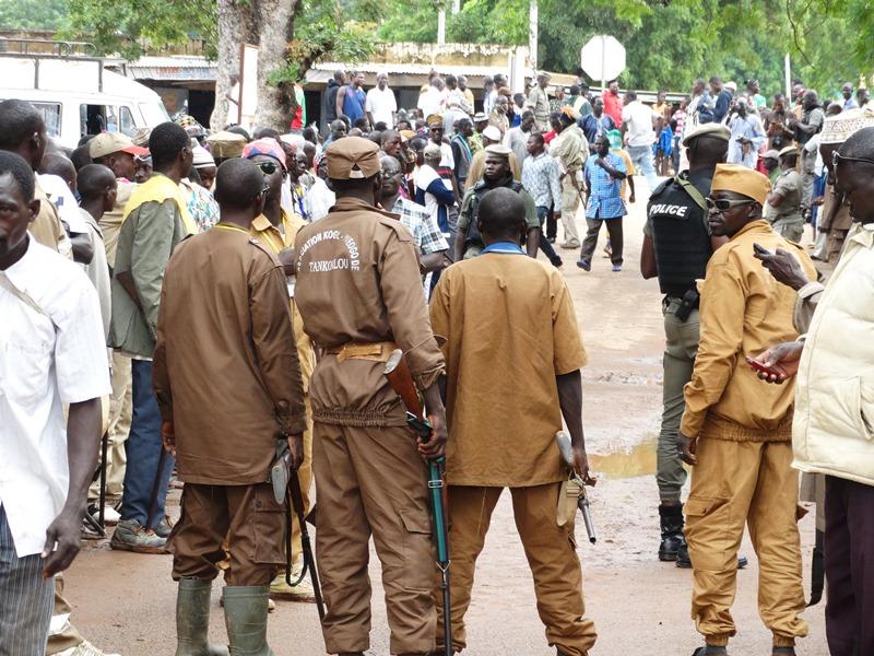 Karangasso Vigué: Le chef des Dozos met en garde les Koglwéogo