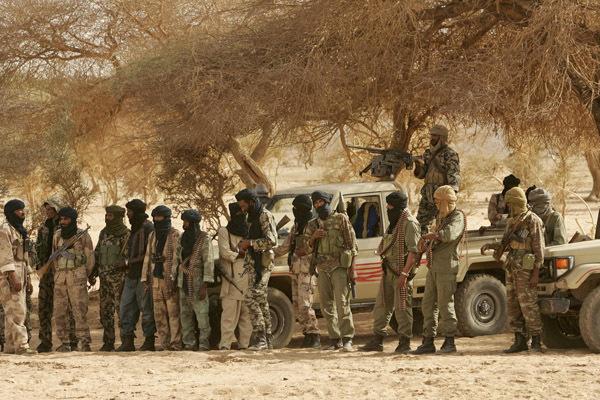 Mali : onze djihadistes et un soldat tués dans une «embuscade terroriste» près de Ségou
