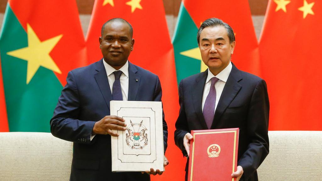 Nouvelles épousailles Ouaga-Pékin : Attention aux revers de la Chinafrique