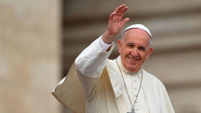 Visite papale : François termine sa tournée africaine par l'île Maurice