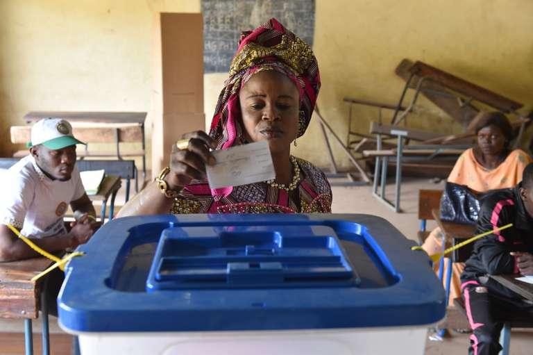 Second tour présidentielle Mali: Calme à Bamako, sanglant à Nianfuké