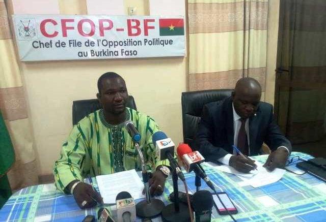 Crise sécuritaire au Burkina: La jeunesse de l'opposition propose une collaboration FDS-Dozos-Koglwéogo