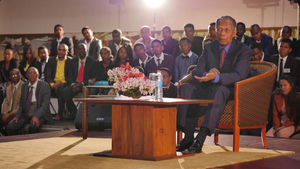 Demande de report de la présidentielle malgache: A quoi joue Ratsiraka ?