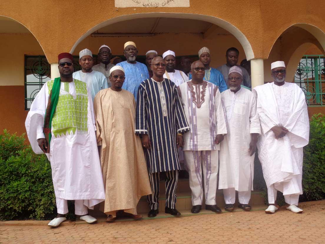 Visite du PM aux autorités religieuses :Bénédictions et prières ont été les maîtres-mots