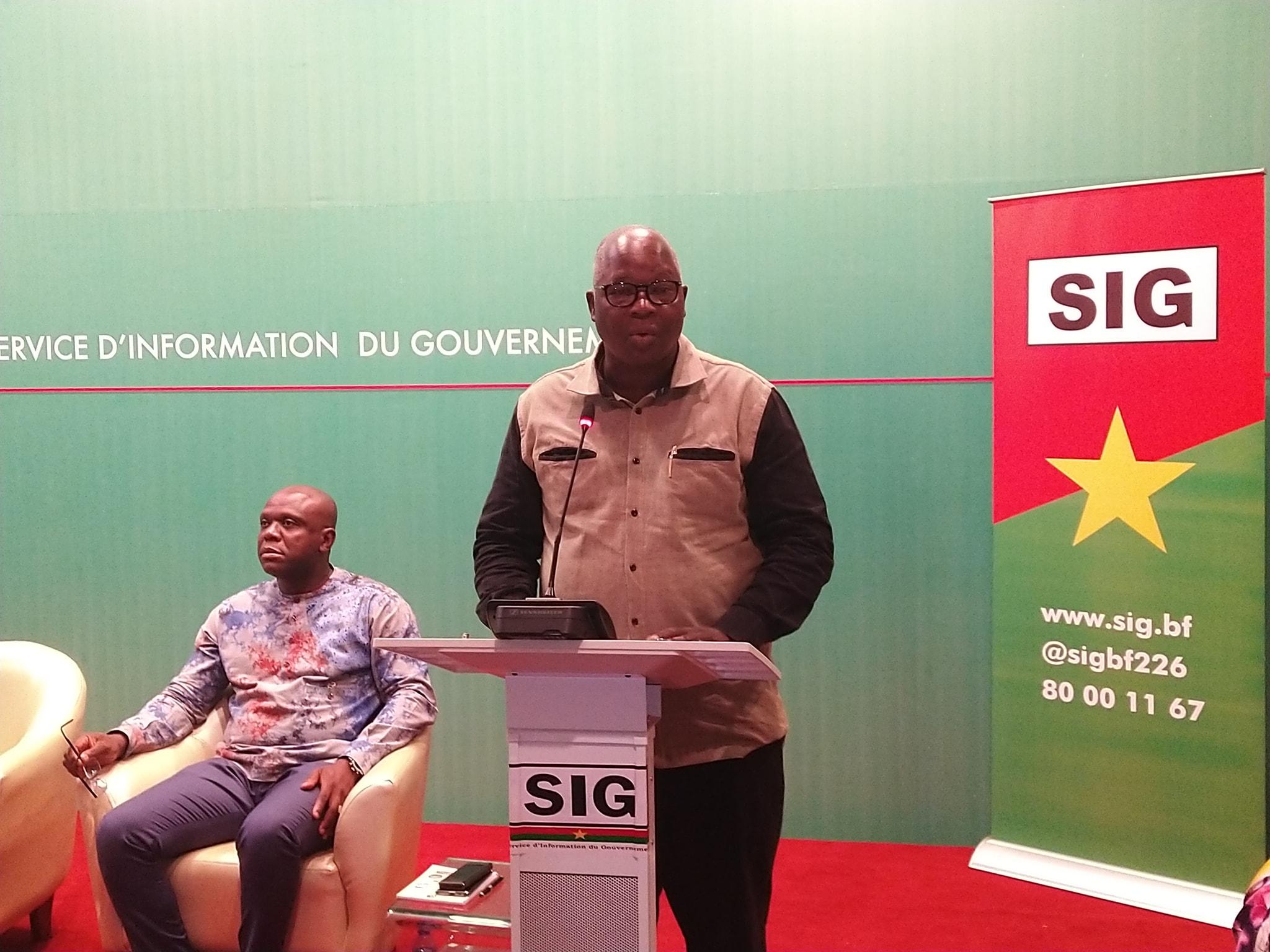 Rémis Dandjinou, porte-parole du gouvernement: «Ils n'ont qu'à peindre le Burkina en violet, en rouge ou en noir c'est leur problème»