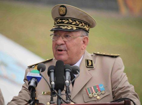 Arrestation de plusieurs activistes en Algérie: Le général Gaïd Salah serre la vis contre «Hirak»