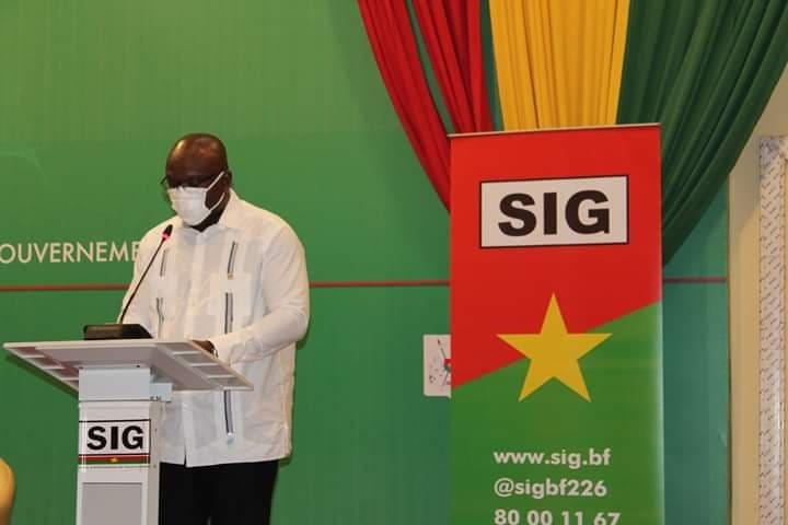 Rémis Fulgance Dandjinou, ministre porte-parole du gouvernement: «Si les marchés deviennent un foyer de relance de la maladie, on sera obligé de les fermer»
