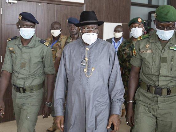 48 heures d'inspection de Goodluck au Mali: Ramener impérativement le nom du Premier ministre civil dans ses valises!