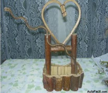 Topiario con forma de corazn  Arreglos florales secos o