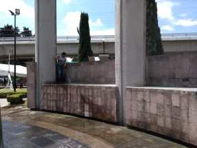 Permanente retiro de grafiti en Toluca (1)