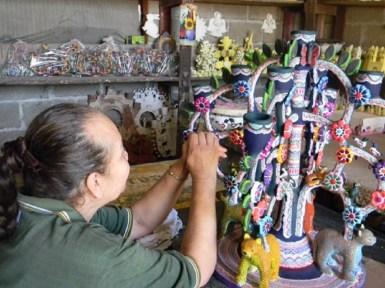 """Presenta CCMB tradición del barro en """"Tierra de Colores"""" 1"""