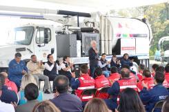Entrega Alfredo del Mazo equipo para reducir riesgos de inundaciones en temporada de lluvias 5