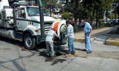 En Toluca permanente el desazolve en canales y drenaje