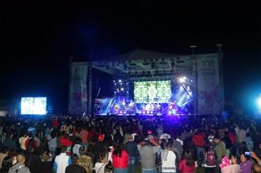 """Vive Valle de Bravo """"la noche más feliz del mundo"""" con Los Caligaris"""