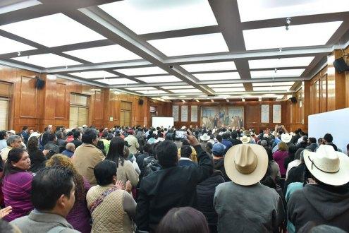 Presentan-en-la-legislatura-proyectos-estatales-del-Movimiento-Campesino-Plan-de-Ayala-Siglo-XXI-para-impulsar-el-campo-1