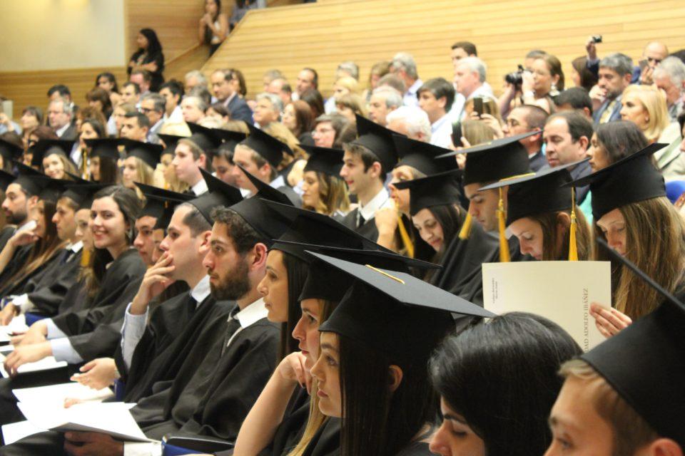 澳去年取消1.8萬個國際學生簽證 - 澳洲生活網