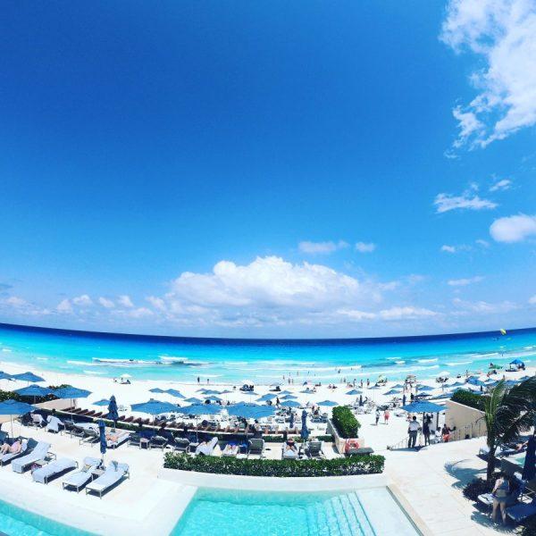 turquoise blue water caribbean mexico cancun beach