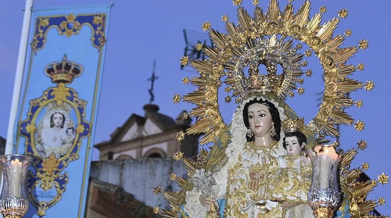 Mairena se reencuentra en la calle con la Virgen de las Mercedes