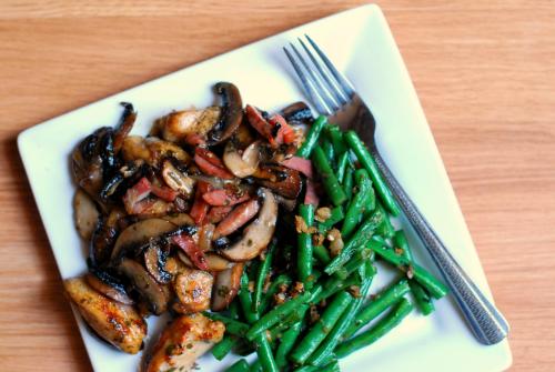Dinner Thyme's Chicken Marsala & Green Beans 2
