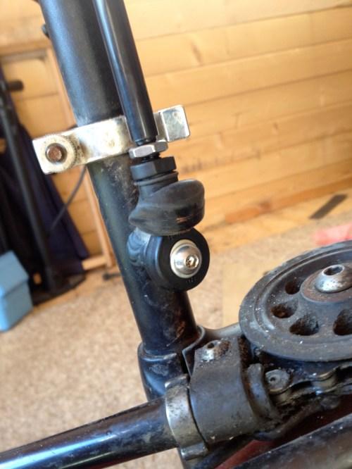 4 New Track rod in situ 1