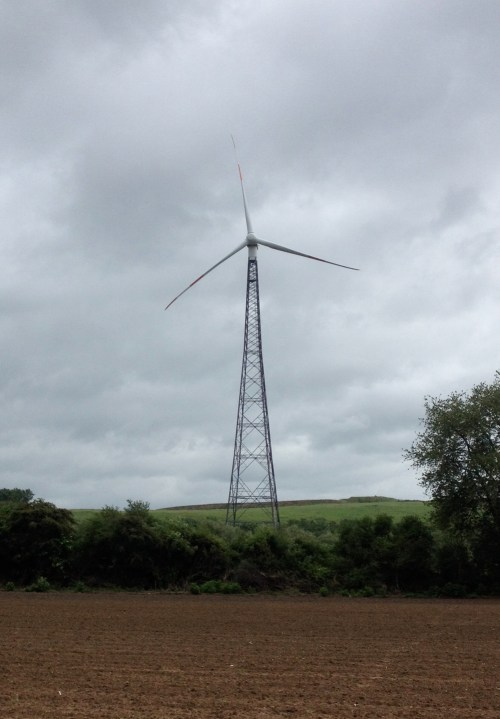 5 Pylon Wind Turbine