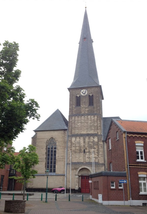 Pfarrkirche St Laurentius Grefrath