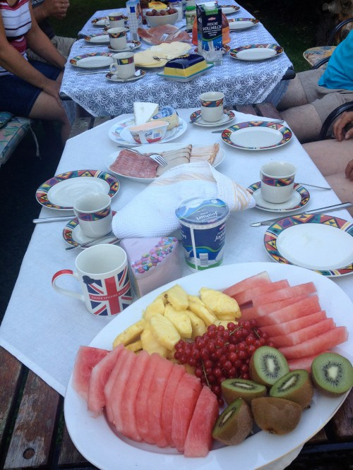 Breakfast before Gudula's ride