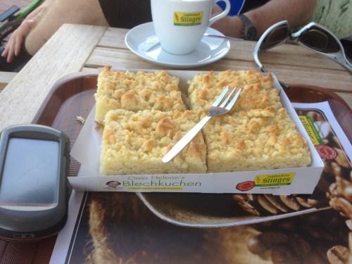 Oma Helene's Blechkuchen