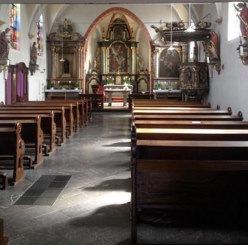 St Martin Oberkruechten interior