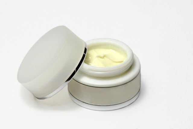 cream moisturise water dehydrated skin treatment natural health beauty body