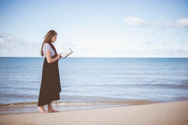 me time meditation reading nature alone mindfulness health longevity happiness