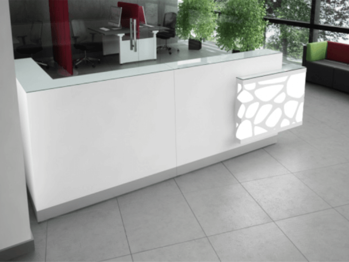 Jolie – Reception Desk in White with Striking Colour Effects
