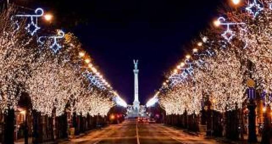 Christmas market tours Budapest