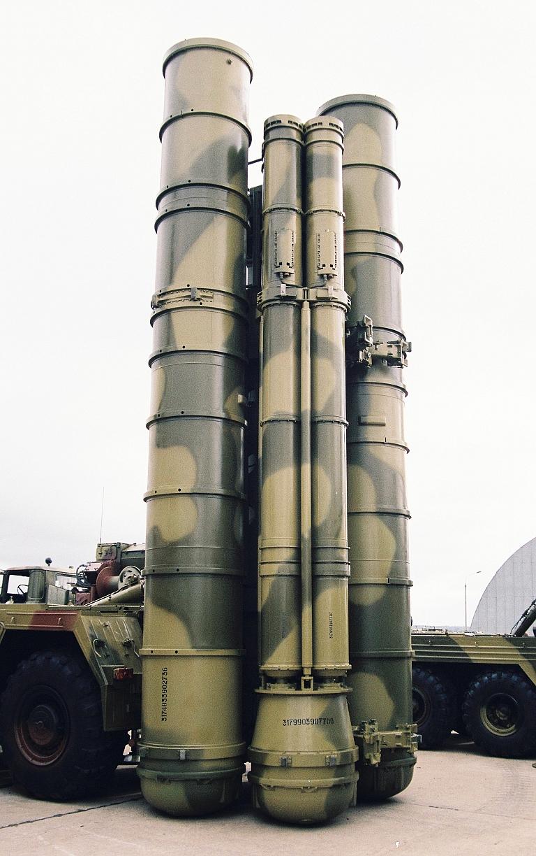 https://i0.wp.com/www.ausairpower.net/PVO-S/5P85SE-9M96E2-Quad-Launcher-MAKS-MiroslavGyurosi-1S.jpg