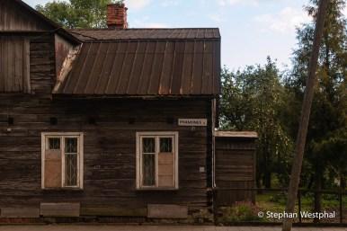 Typisches historisches litauisches Holzhaus